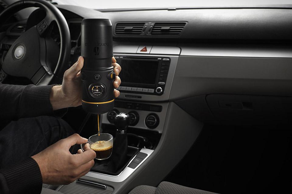 Портативная кофемашина Handpresso для автомобиля