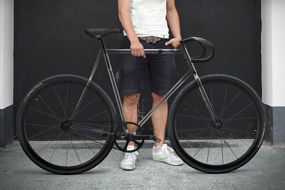 Велосипед с прозрачной рамой Clarity Bike