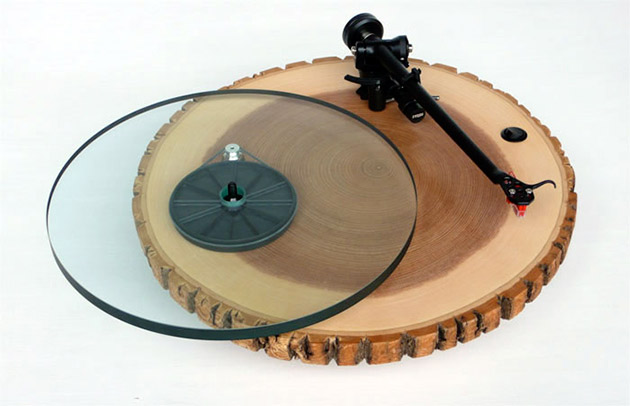 03-Audiowood-Barky-Turntable