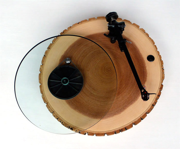 04-Audiowood-Barky-Turntable