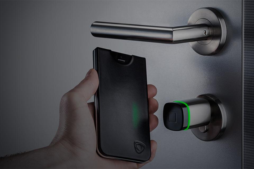 CalypsoKey. iPhone вместо ключа от квартиры и пропуска
