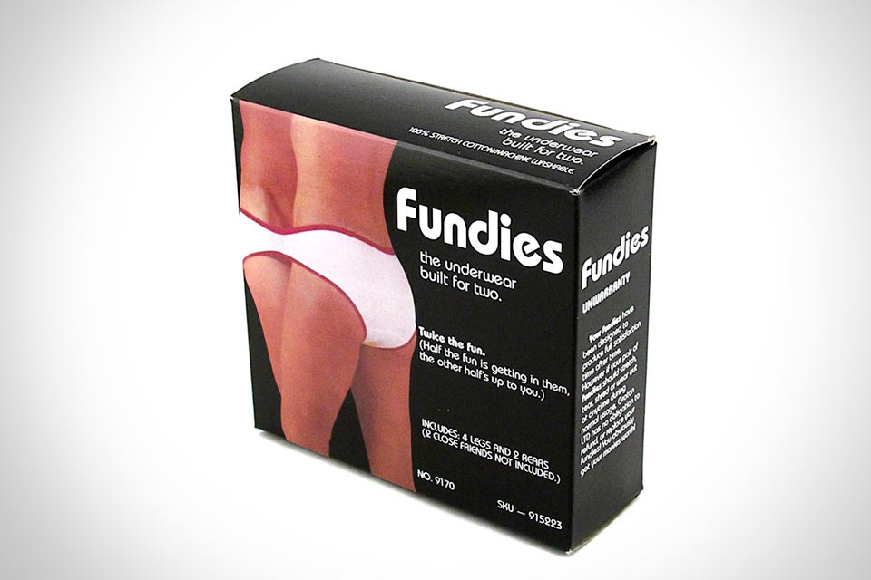 Нижнее белье для двоих: Fundies Underwear Built for Two