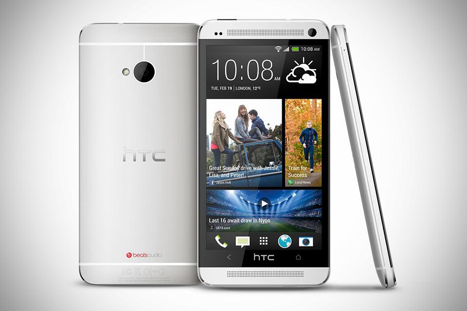 Самый флагманский смартфон HTC One