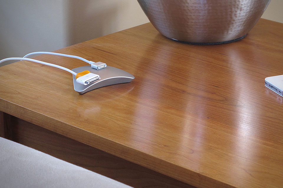 Magnetic-Cable-Organizer