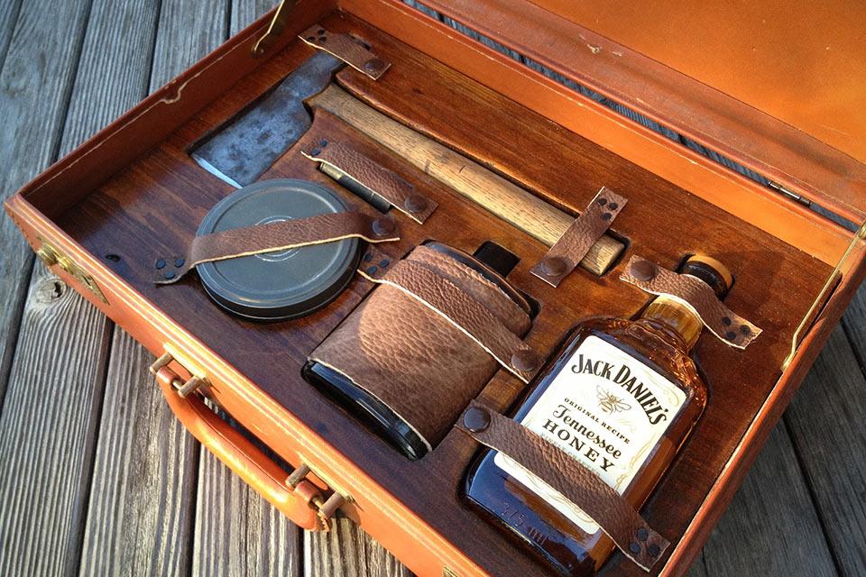 Мужской набор для выживания Gentlemans Survival Kit
