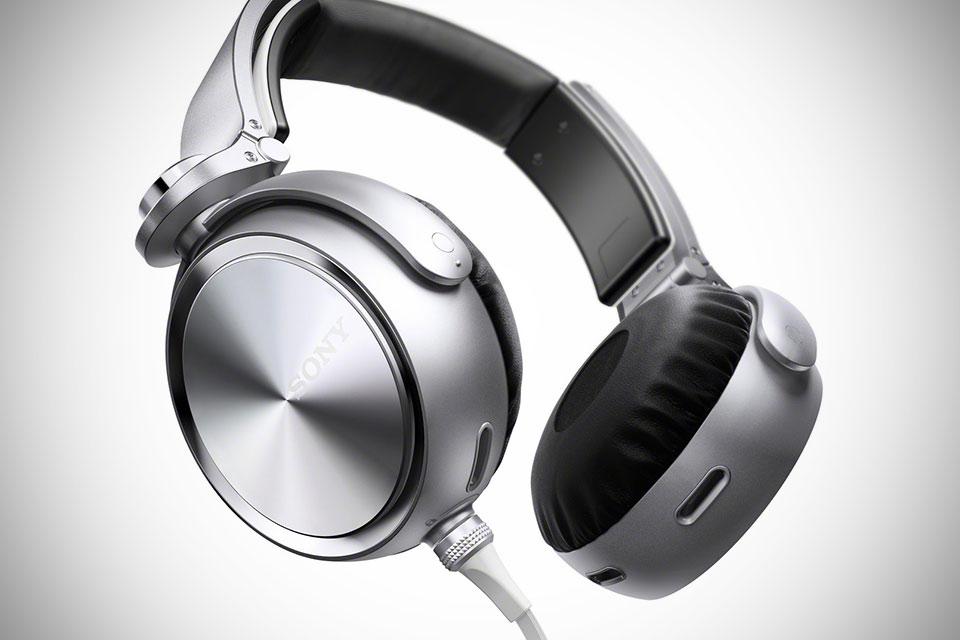 Алюминиевые наушники Sony MDR-XB910