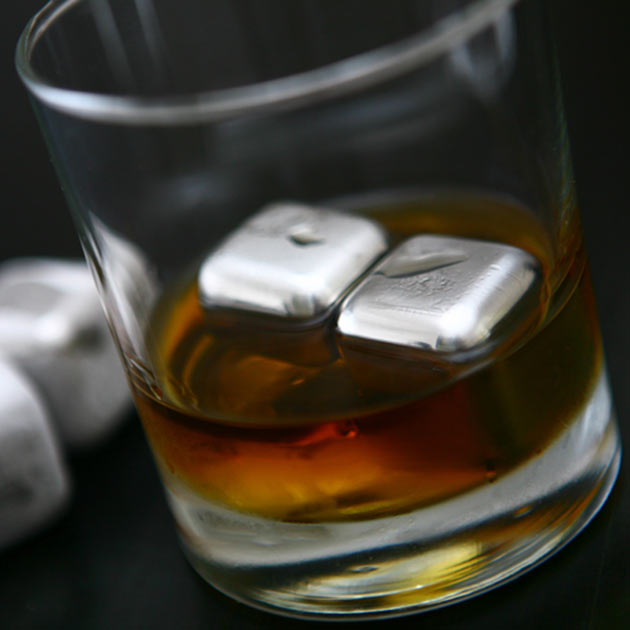 02-Whiskey-Cubes