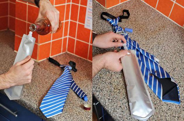 03-Flask-Tie