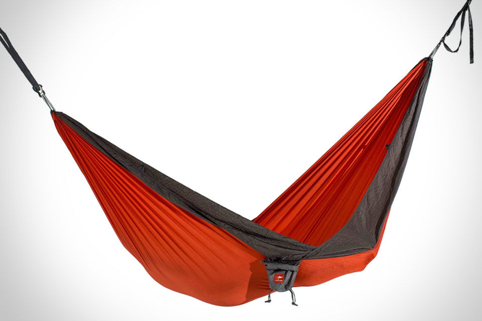 гамаки и палатки