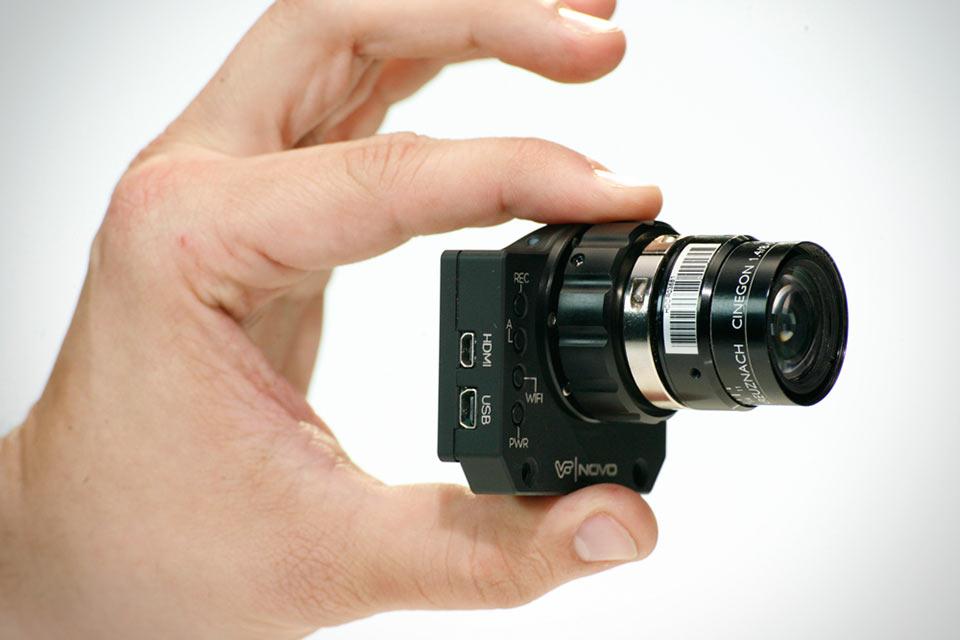 Кинокамера Novo