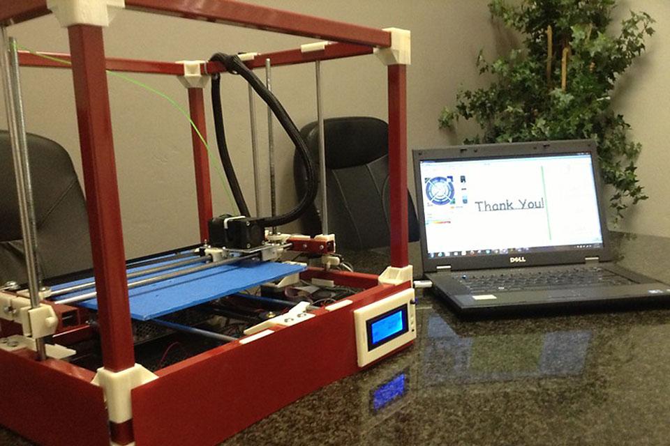 Бытовой 3D-принтер RigidBot