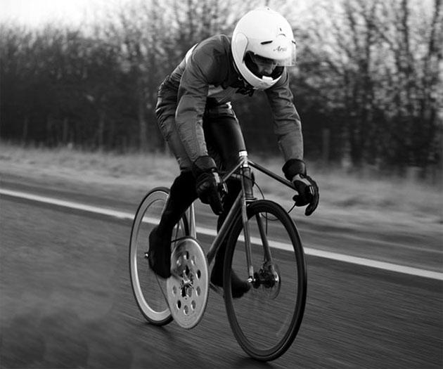02-Donhou-Cycles-100mph