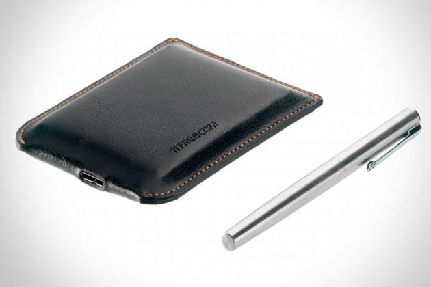 Freecom-Mobile-Drive-XXS-Leather-640