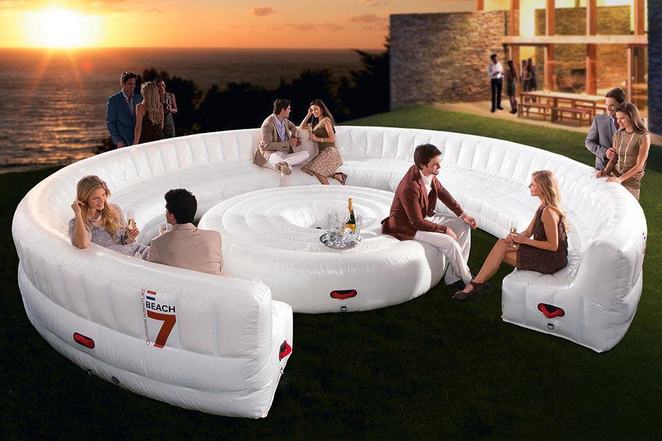 Надувной мегадиван для вечеринок AirLounge