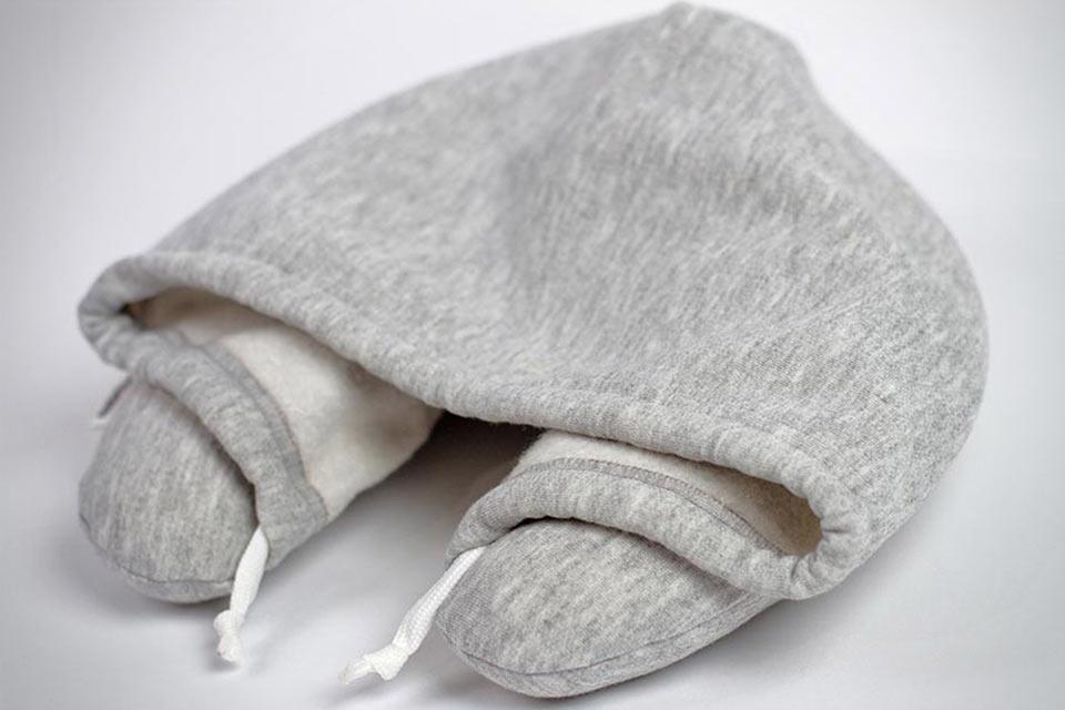 Подушка для путешествий Travel HoodiePillow