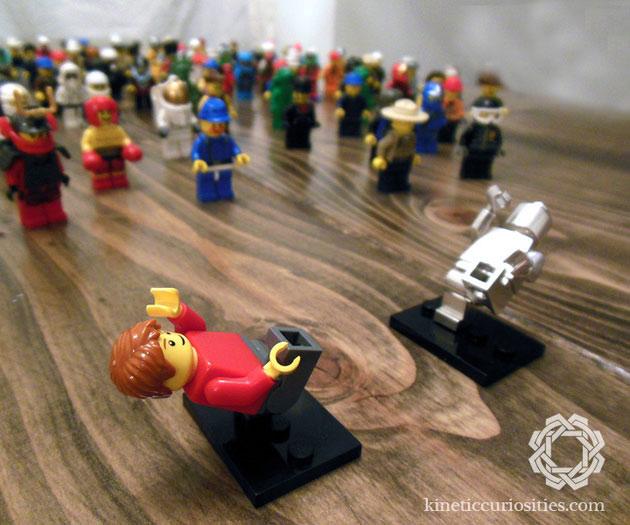 02-LEGO-Minifigure