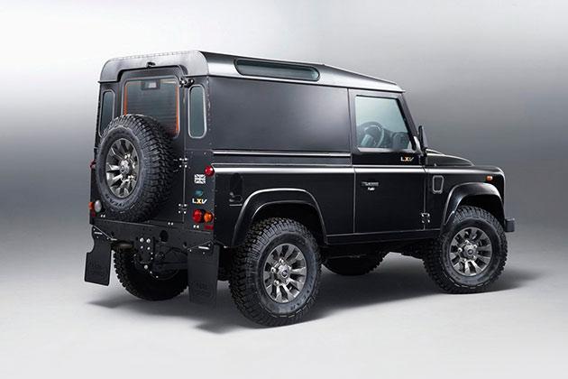 02-Land-Rover-Defender-LXV