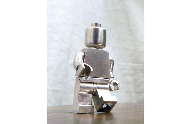 03-LEGO-Minifigure