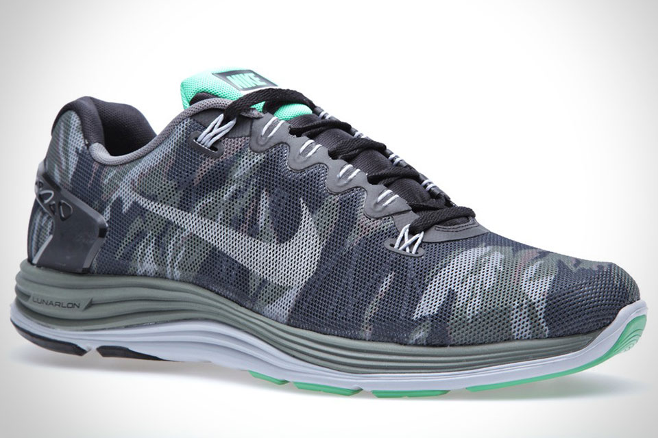Камуфляжные кроссовки Nike Lunar 5 Ext