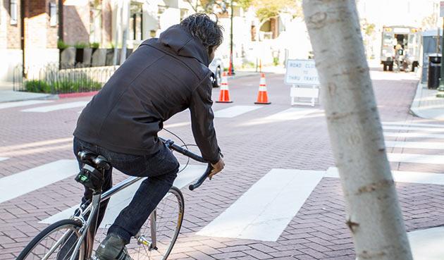 02-Bike-to-Work-Jacket