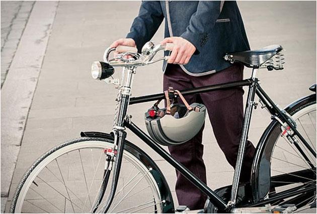 04-Carrera-Foldable-Helmet