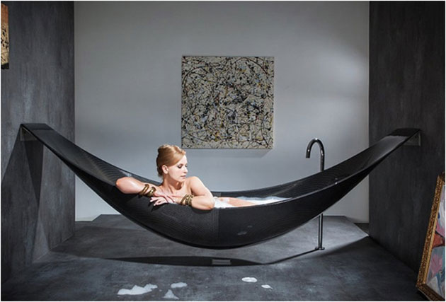 08-Vessel-Hammock-Bath