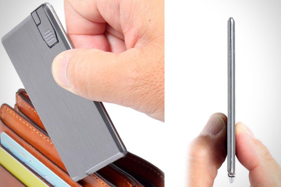 Внешний аккумулятор в формате кредитки Gokuusu