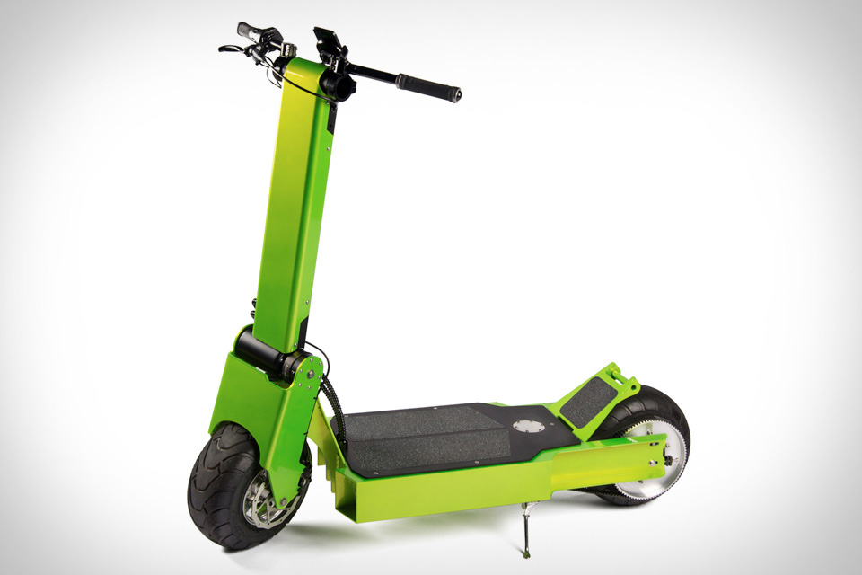 01-Rover-Electric-Scooter