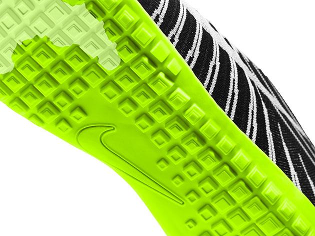 02-Nike-Hyperfeel