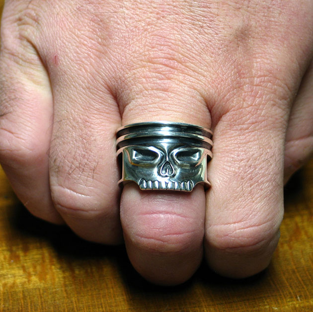 02-Piston-Skull-Ring