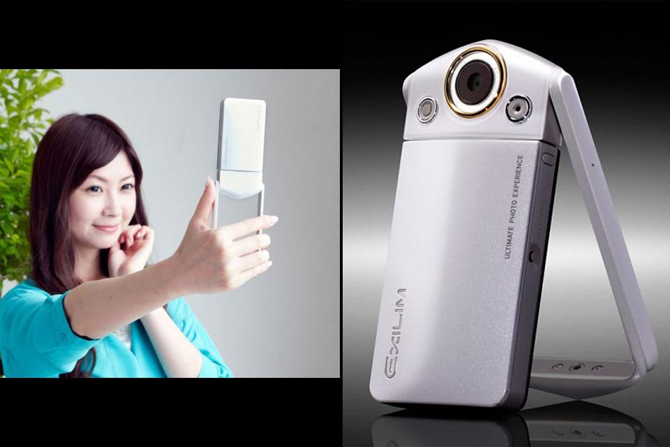 Фотоаппарат для социалок Casio Exilim EX-TR15