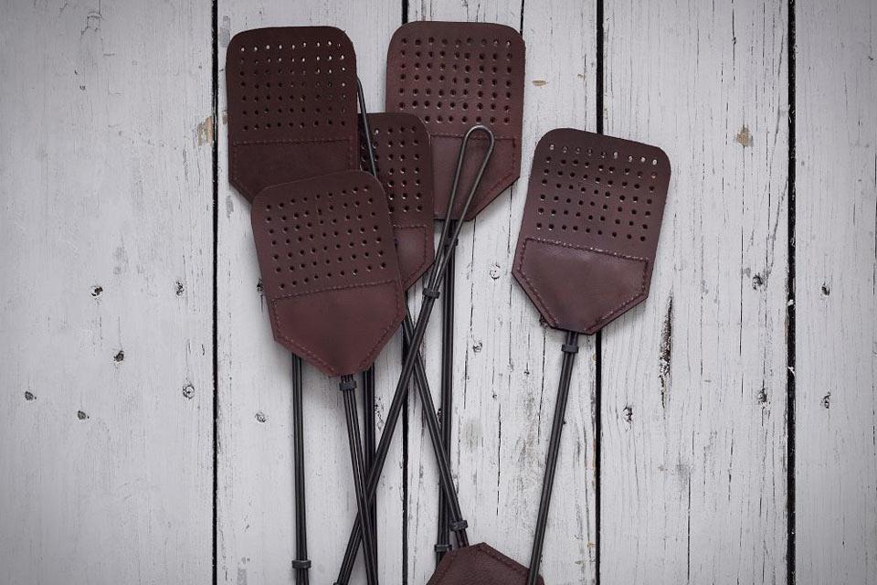 Кожаная мухобойка Leather Fly Swatter