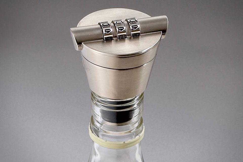 Кодовый замок Liquor Bottle Lock на горлышко бутылки