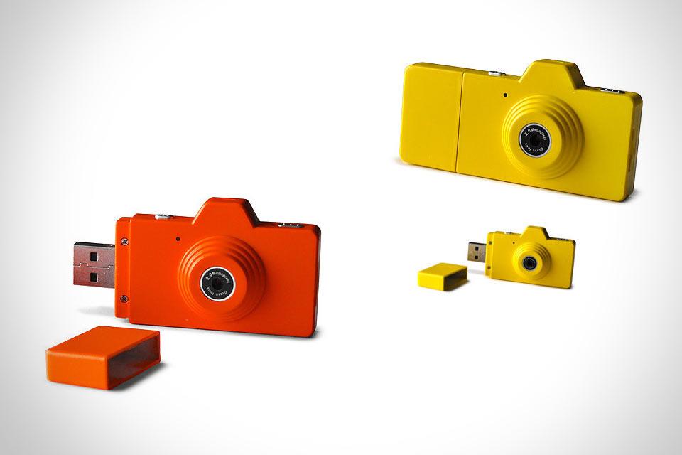 Миниатюрная цифровая камера-флешка Pick