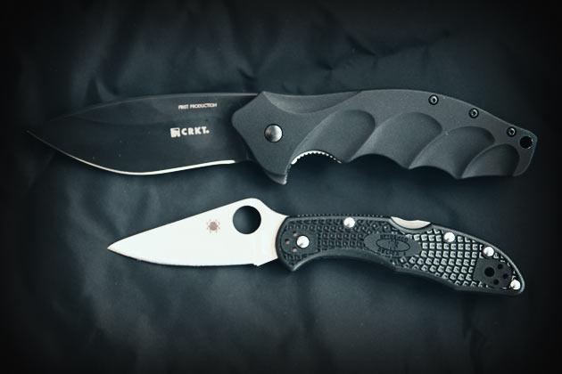 crkt-foresight-and-spyderco-delica