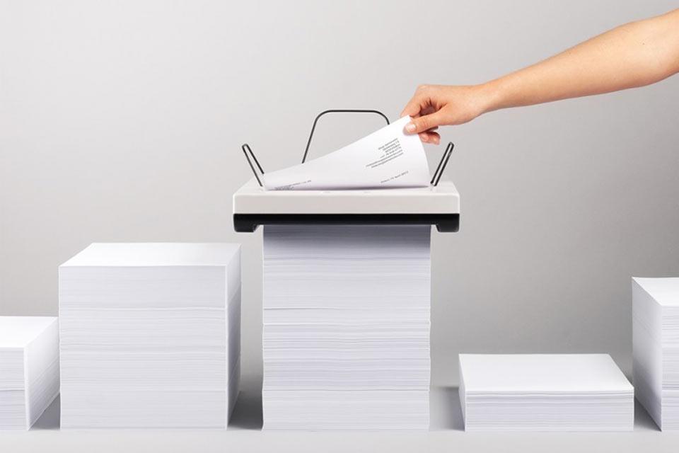 «Пожирающий» бумагу принтер Stack