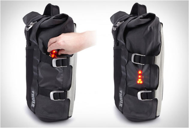 03-Thule-Pack-n-Pedal-Commuter