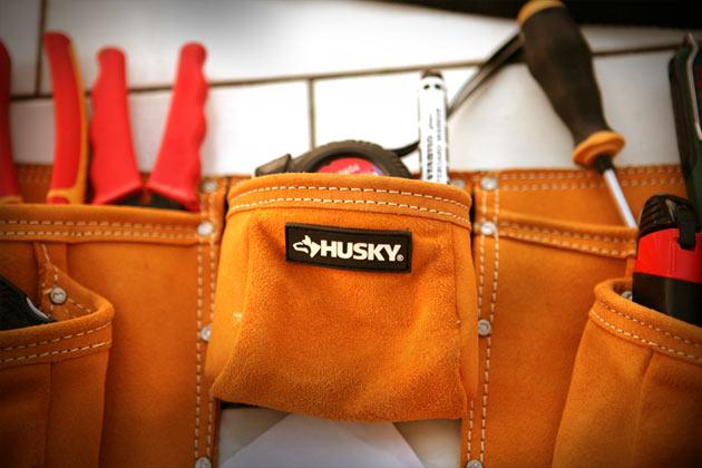 Husky-10-Pocket-Suede-Apron-logo