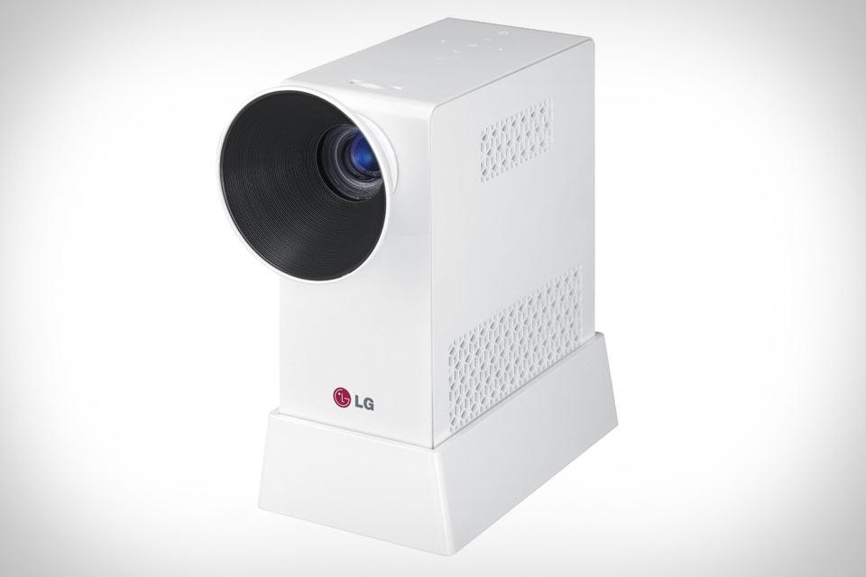 Портативный DLP-проектор LG PG65U