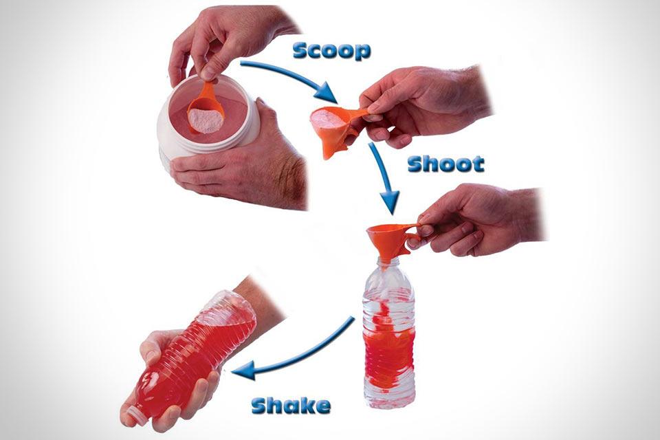 Черпачок Shoot N Shake для пересыпания порошков в бутылки с узким горлышком