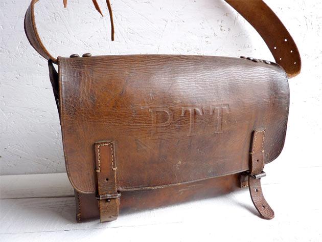 postman-bag