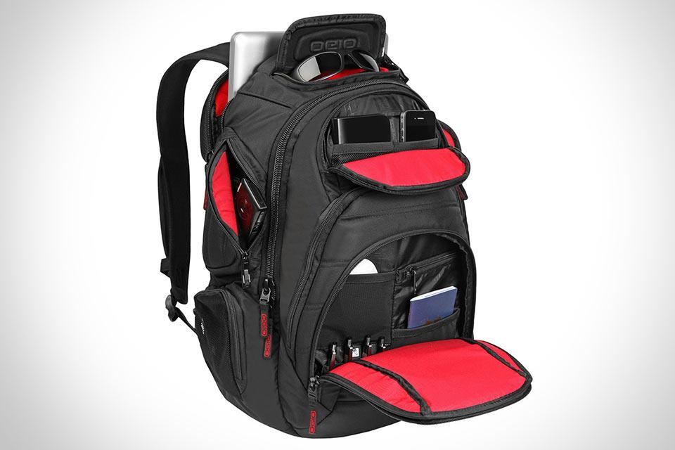Гаджетоманский рюкзак OGIO Renegade RSS с десятками отделов на все случаи жизни