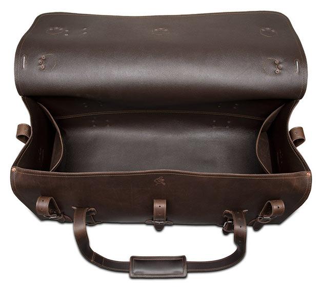 04-Saddleback-Leather-Beast