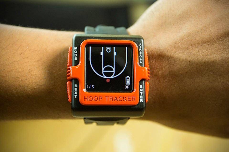 Баскетбольные смартчасы Hoop Tracker