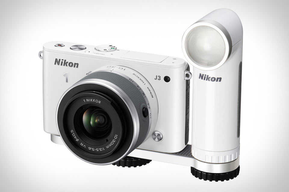 Подсветка Nikon LED Movie Light для видеосъемки фотокамерами