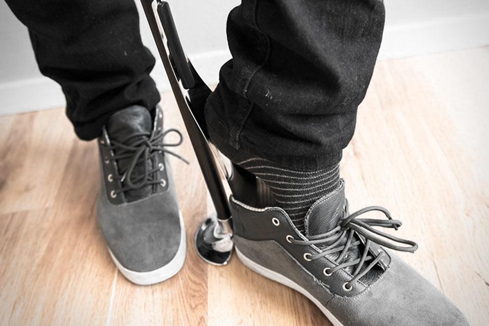 Рожок для обуви Unikia Shoe Helper с подставкой