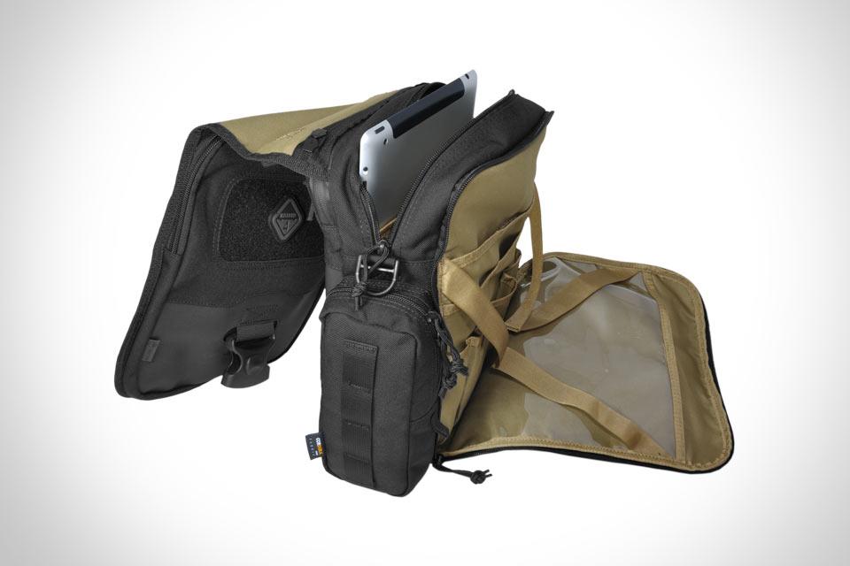 Тактическая наплечная сумка Hazard4 Kato для планшетов и 11″ ультрабуков