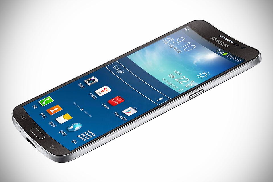 Гнутый смартфон Samsung Galaxy Round