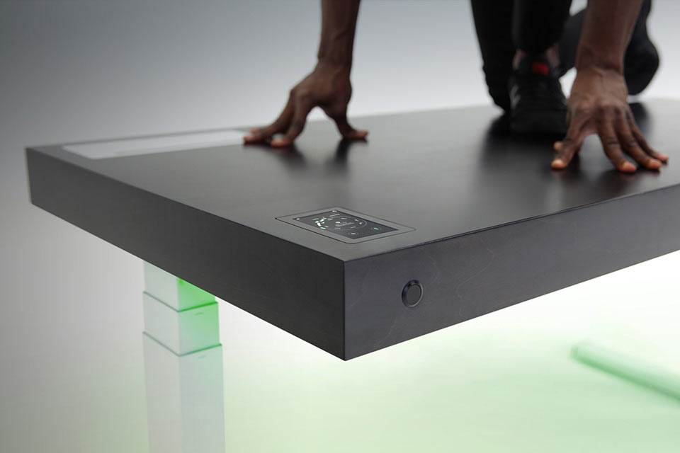 Рабочий смарт-стол Stir Kinetic Desk