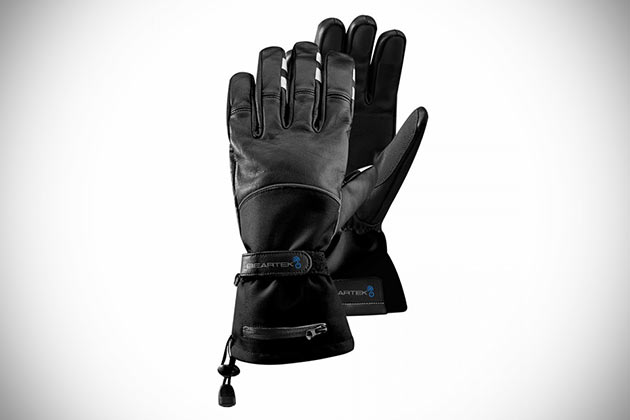 03-BearTek-Bluetooth-Gloves